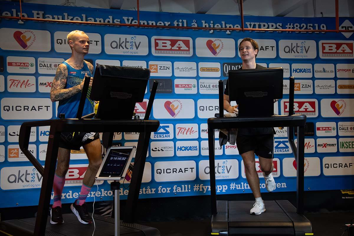 HOKA athlete Bjorn Tore Tavanger runs alongside celebrity on treadmill