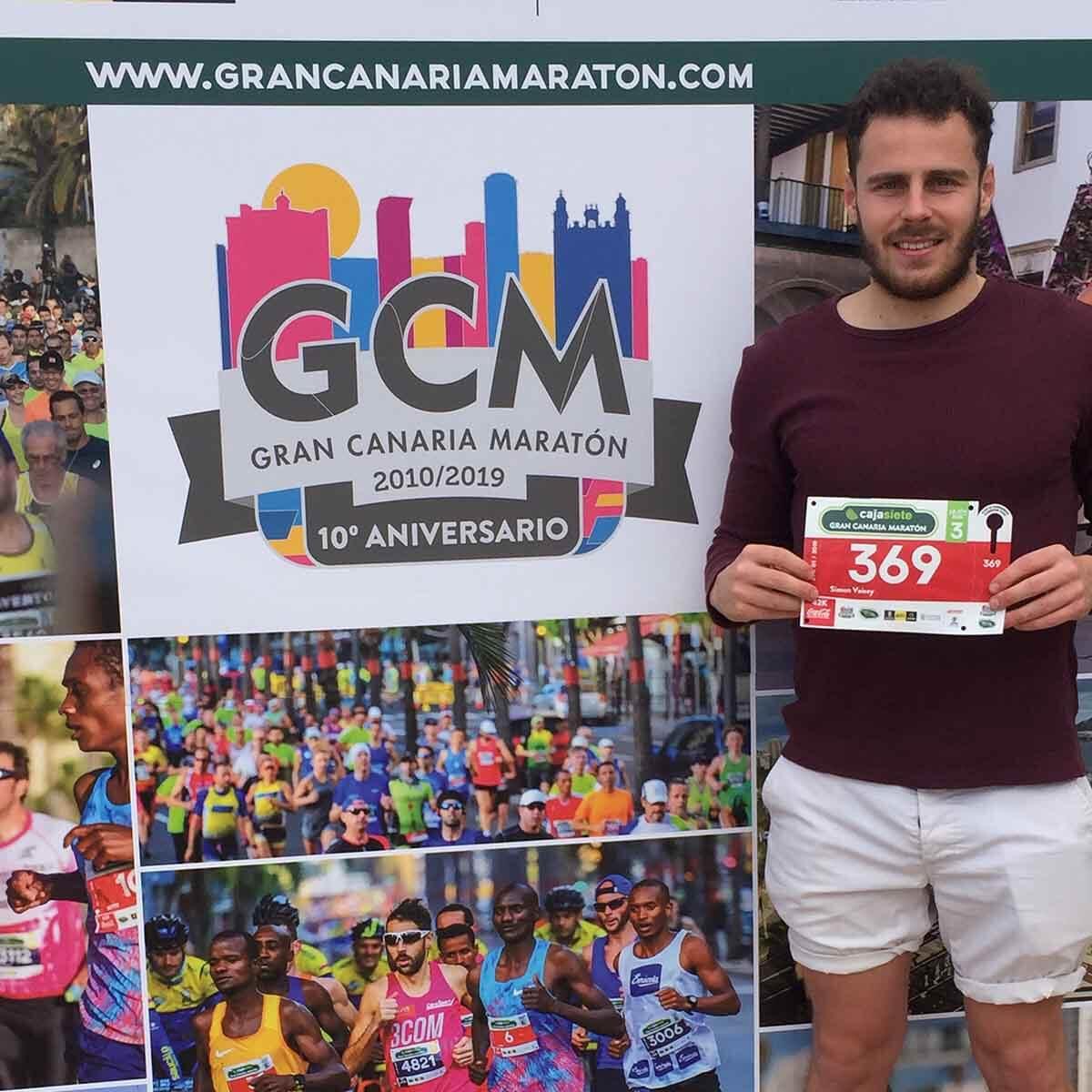 HOKA fan Simon before his marathon in Gran Canaria